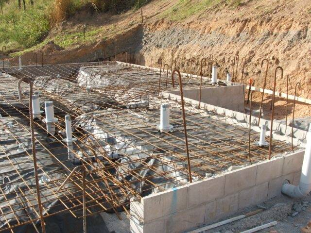alterm-collars-in-slab-1