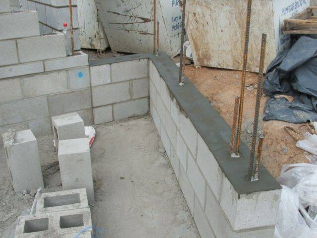 cemparge-top-of-retaining-wall